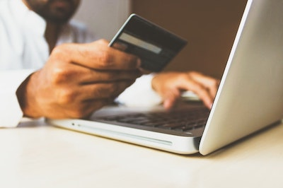 E-commerce, buying online